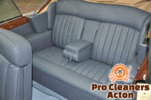 clean-car-seat-acton